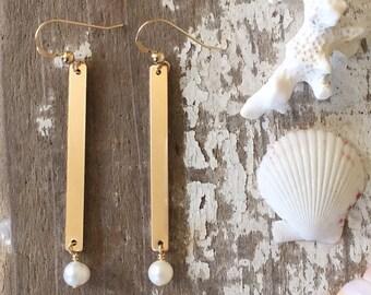 Gold Bar/Pearl Earrings