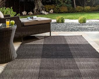 Outdoor Rug. Garden Rug. Garden Home Decor. Exterior Decor. Outdoor Home Decor. Outdoor carpet. Outdoor and Indoor Rug.