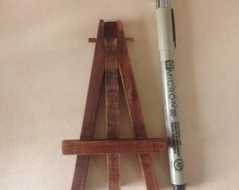 Miniature Display Easel Dark