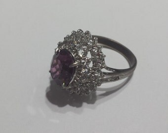 Vintage Costume Jewelry Ring with Purple and White Stones