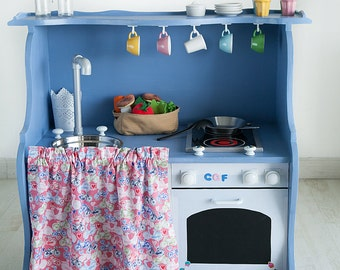 kitchenette with oven toy