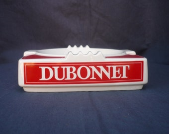 Advertising ashtray Dubonnet from the 1960s in porcelain.