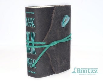 Leather journal with a gemstone Agate - traveler's notebook - journal - gemstone
