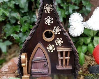 Lost in the woods bird house