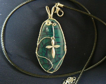 wire wrapped Dragons Vein Agate with Cross