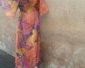 1970s Angel Sleeve Maxi Dress