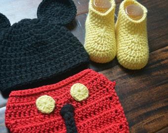 Crochet mickey mouse set, photo prop