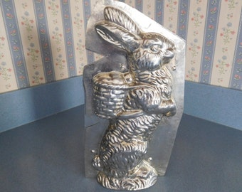 "11"" Standing Rabbit with Basket on Back by Weygandt #197/3 Vintage Metal Candy Mold"