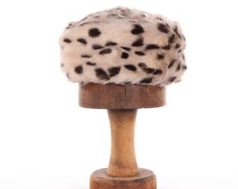 Jacoll faux fur vintage hat