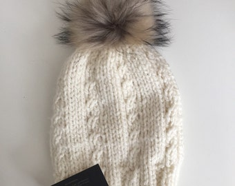 Knitted Tuque