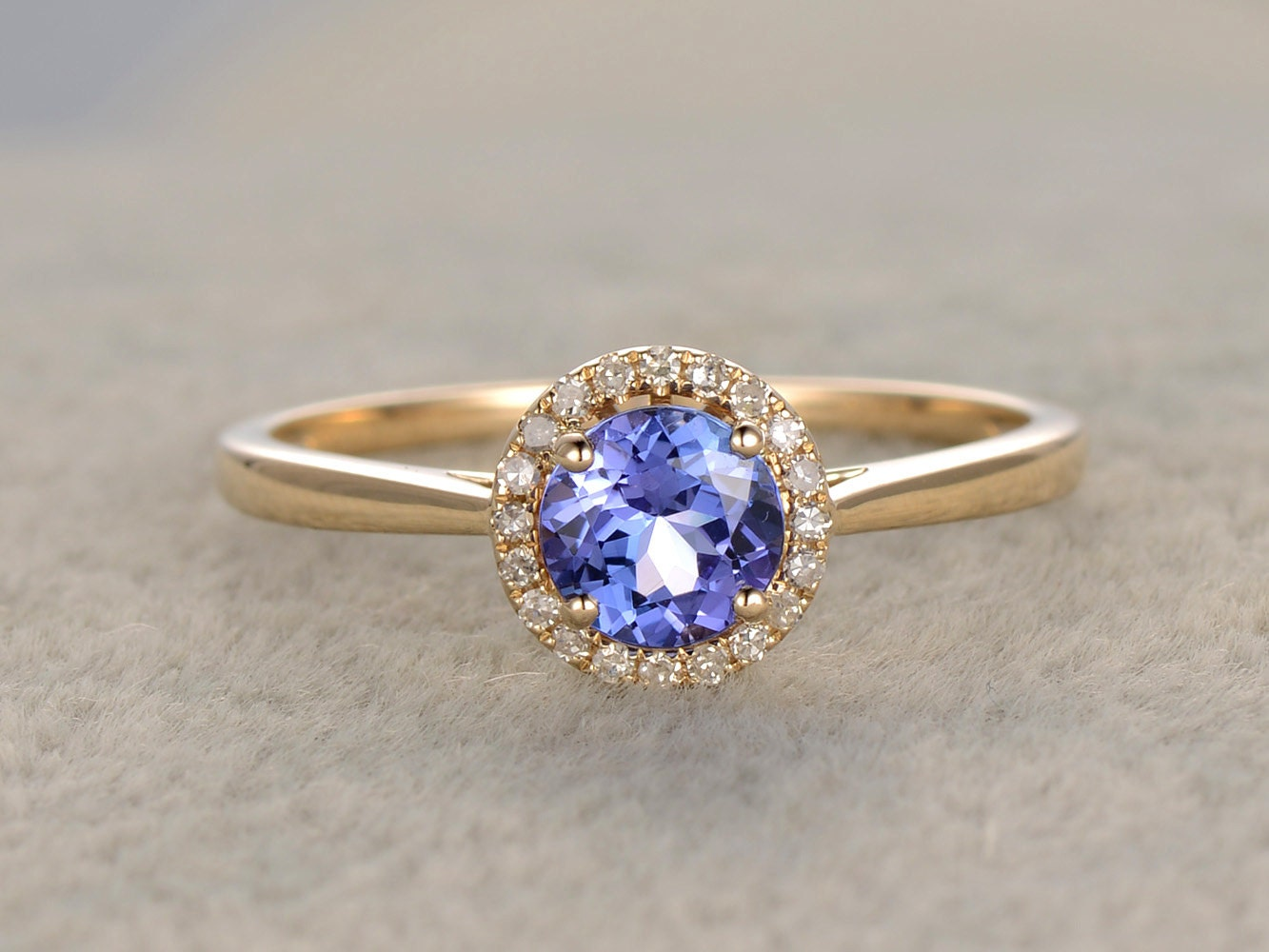 1.01ctw Round Tanzanite Engagement ringVS Diamond Promise