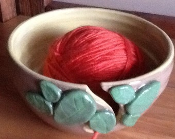 Yarn Bowl -Bright Leaves