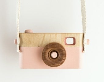 Wooden Toy Camera, Wooden Toys, Nursery decor, Baby Birthday Gift, Toddler Birthday Gift, Kids Camera, Pink