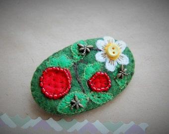 Felted Brooch,Boho brooch. Fabric Brooch Textile,a gift on Valentine's Day,,Pin, green brooch. Flower brooch Handmade brooch