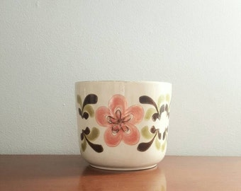 Vintage Crown Lynn Ironstone plant pot, flower pot