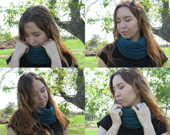 Knitting circle scarf cowl