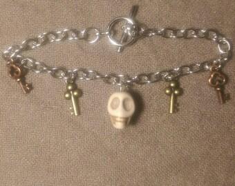 Charming Skeleton Key Bracelet