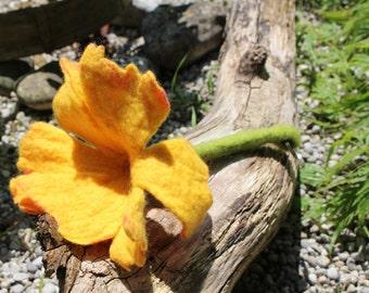 Keychain felted flower