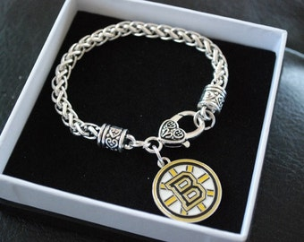 NFL Boston Bruins charm bracelet with lobster clasp