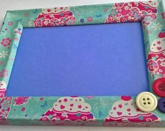 Hand decorated decoupage button photo frames. Any designs/colours available.