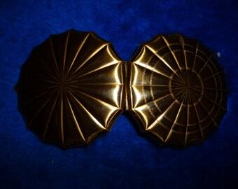 Vintage Seashell Compact