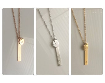 Gold bar necklace, initial disc necklace, persoanlied jewelry, bridesmaid gift