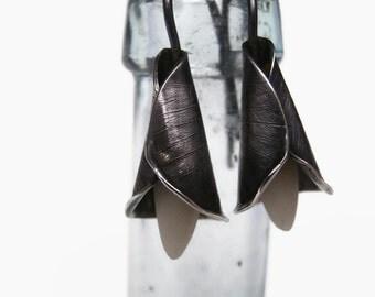 Icy Lily earrings - Oxidized silver earrings, Lily earrings, Sterling silver earrings, handmade earrings