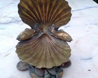 Unusual brass repousse scallop moulded shell sculpture