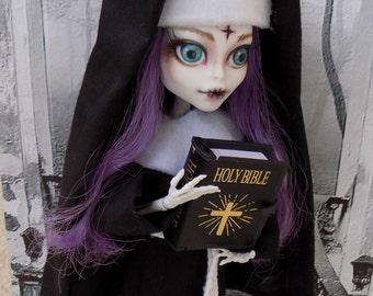 Sister Judy - OOAK Monster high doll