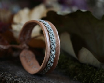 Reindeer leather and Tin Wire Bracelet | Inspiration jewelry Scandinavian and territory | Tenntrad