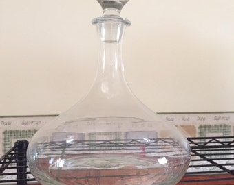Glass wine decanter, wide base ship style
