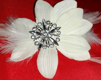 White Feathered Flower Hair Accent with Embellish Center