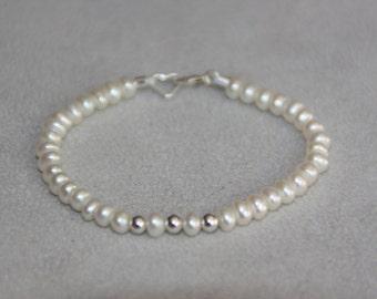 Baby bracelet. Children jewelry. Sterling silver bracelet. Freshwater Pearl bracelet. Baptism Christening jewelry. Flowergirl bracelet.