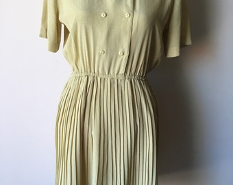 SALE Pale Yellow Pleated Vintage dress