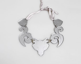 Wolf Laser Cuted Cotton Old Silver Maxinecklace