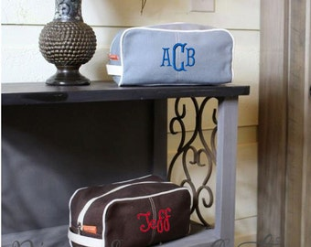 Monogrammed Dopp Kits - Toiletry Bags - Groomsmen Gifts - Father's Day Gifts - 4 Color Choices - Monogrammed Dopp Kit