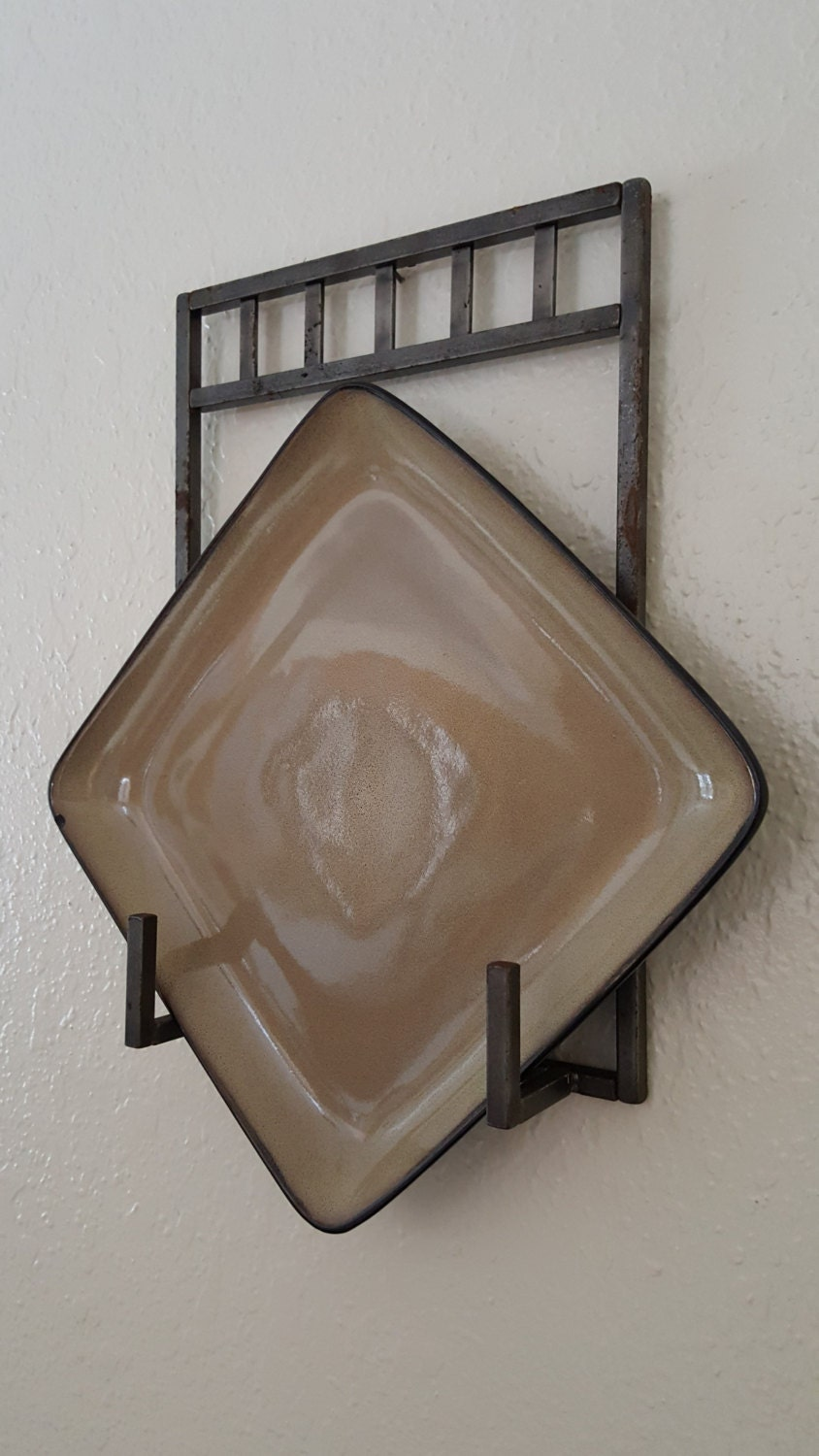 Iron Wall Plate Holder