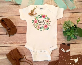 Baby Name Onesie®, Custom Onesie, Boho Baby Clothes, Baby Girl Clothes, Custom Baby Gift, Baby Shower Gift,Personalized Onesie,Floral Wreath