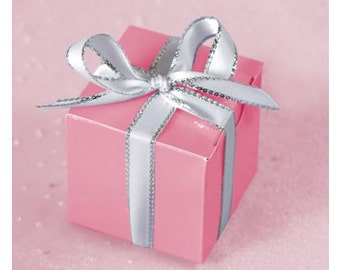 100 Pink, Lilac, Silver Cube Wedding Favour Boxes