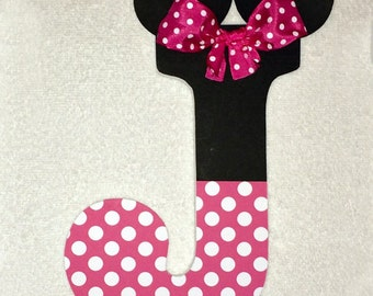minnie mouse wood letter name