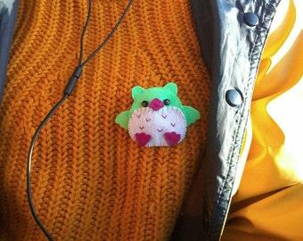 Cute Owl brooch/pin feltie.