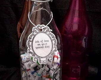 365 Knock Knock Jokes scrolls - Miniature scrolls in a bottle