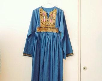 Vintage afghan hippie folk festival dress S/M