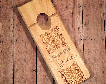 Personalized Balancing Wine Bottle Holder - Customized Wine Bottle Holder - Gravity Wine Holder - Engraved