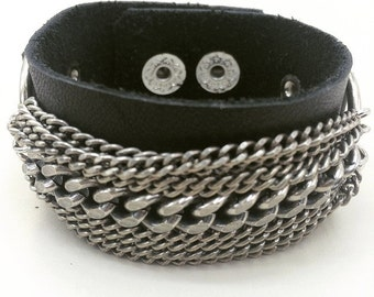Leather bracelet with chains