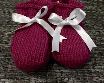 baby booties - heather color // patucos - color brezo