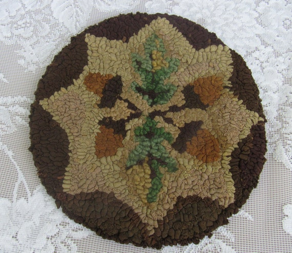 Moose Themed Rugs: Rustic Farmhouse Hooked Rug Trivet Antique Acorn Themed Rug