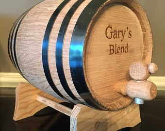 Personalized Whiskey Barrel, Groomsmen Gift, Best Man, Unique Gifts. Birthday Gift For Him. Groomsman Gift. Oak Wood. Fathers Day.