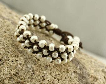 Potato pearls braided bracelet, pearl leather bracelet, S 164