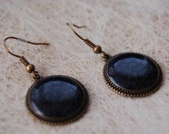 Earrings festive glossy black